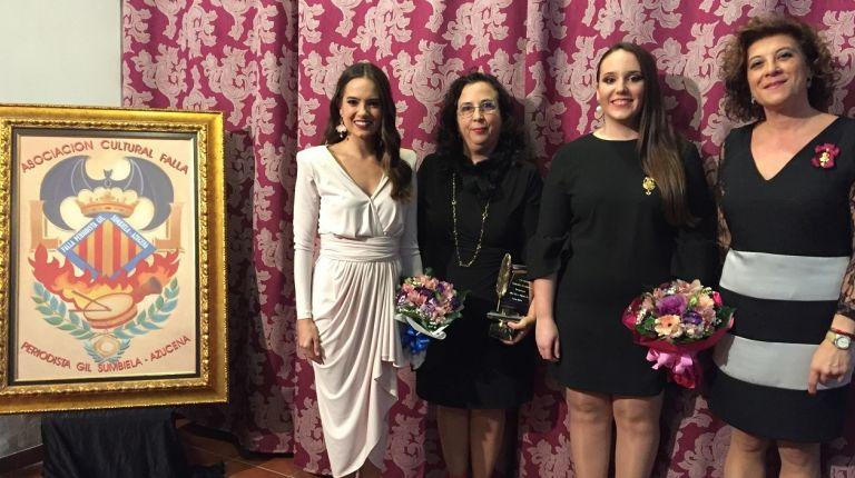 Lola Soriano fue galardonada con el 'Premio Periodista Gil Sumbiela'
