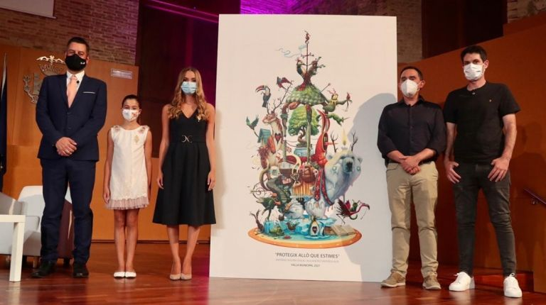 El Artista fallero Alejandro Santaeulalia y Antonio Segura, Dulk, han presentado su proyecto para la falla grande municipal del año 2021