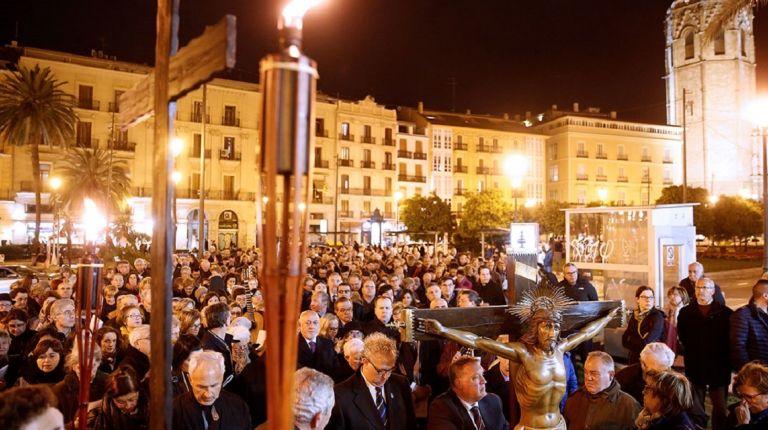 Las calles del centro de València se llenarán con el Via Crucis diocesano