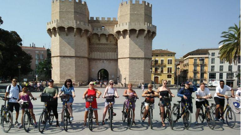 La Fundación Turismo València promociona la ciudad entre el sector turístico británico