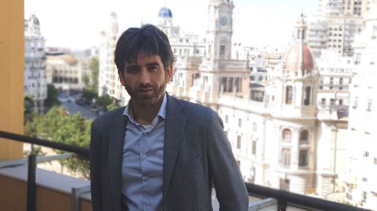 """José Luis Moreno Maicas: """"Los jóvenes creadores valencianos tienen talento, creatividad y sensibilidad para contar historias"""""""