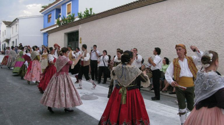La 40ª Festa de las Danses de la Vall d'Albaida vuelve a Quatretonda, su lugar de origen