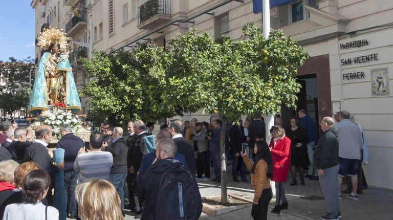 La parroquia de San Vicente Ferrer en Valencia recibe la visita de la imagen peregrina de la Mare de Déu