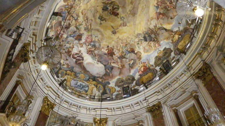 La Basílica de la Virgen inicia los oficios de Semana Santa con la misa de la Cena del Señor este Jueves Santo