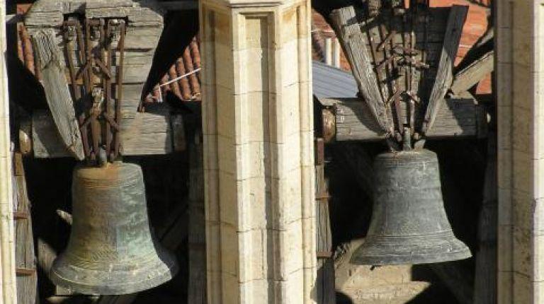 Un pianista valenciano realiza el primer estudio científico y musical de campanas de las catedrales de España