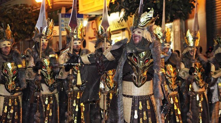 Alicante celebrará el 2 agosto un desfile de todos los Moros y Cristianos