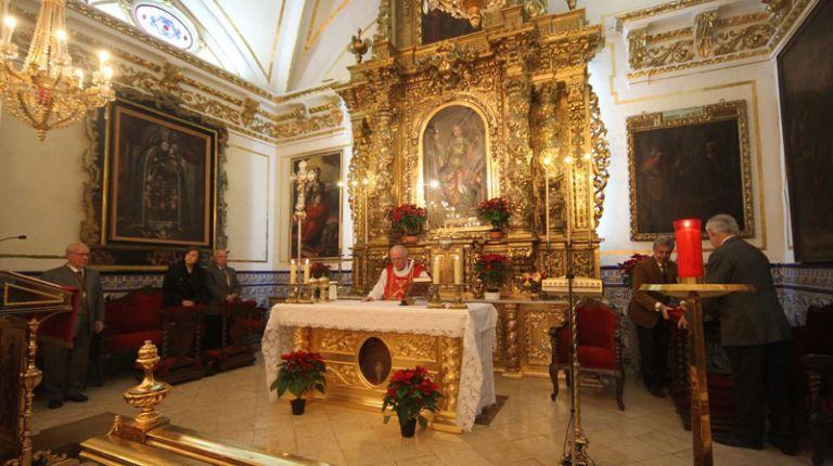 """Miles de devotos honran este miércoles a Santa Lucía en su ermita de Valencia tras la """"tabalá"""" con dolçainers y muixeranga de hoy"""