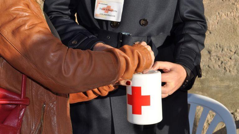 Cruz Roja celebra el 'Día de la Banderita'  en Valencia mañana jueves y el sábado 15